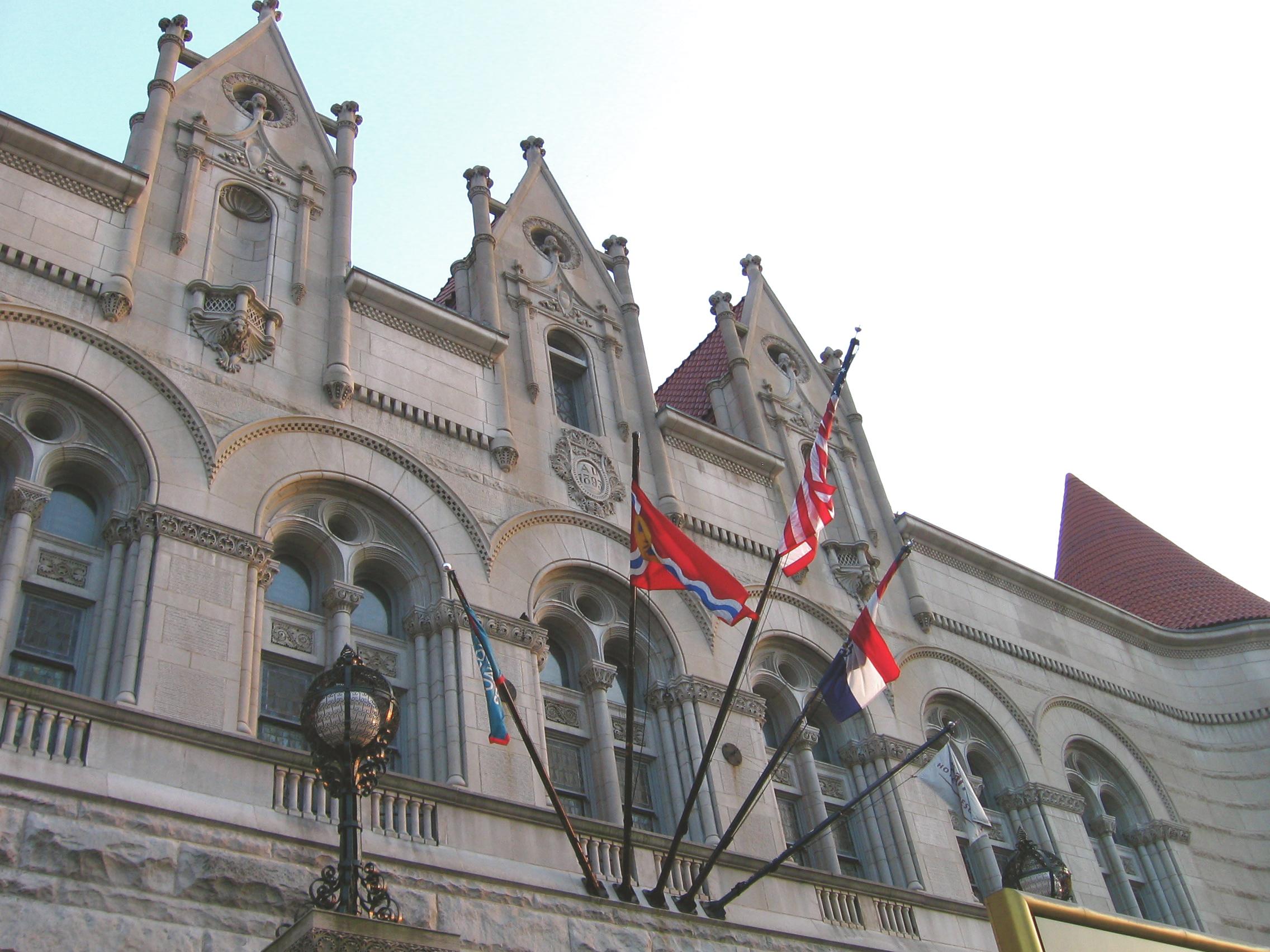 In St. Louis, Gateway's Grandeur Preserved